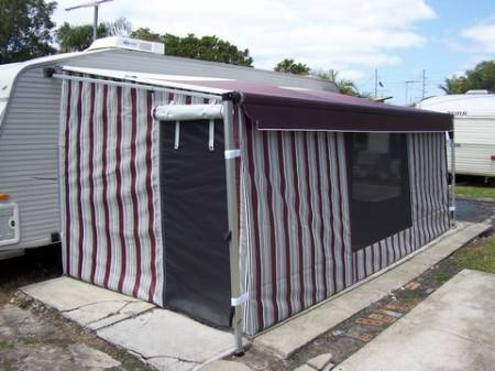 awnings_roll_out_walls_004