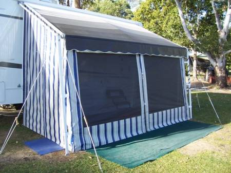 awnings_roll_out_walls_008